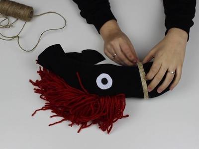 ¿Cómo hacer un caballito de palo fácil para niños?