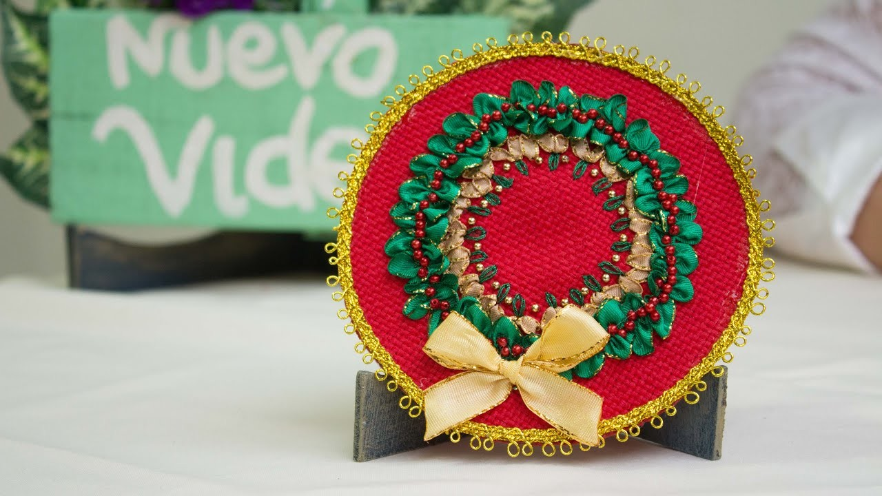 DIY.ADORNOS de NAVIDAD  REUTILIZANDO un CD y Bordado a mano.LINDO Y FACIL.Christmas Ornaments