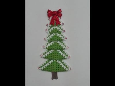 Árbol de navidad tejido a crochet con granny
