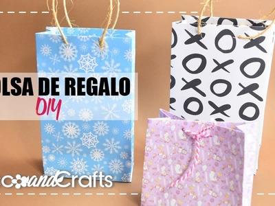 DIY Bolsa de Regalo con una hoja de papel - DecoAndCrafts
