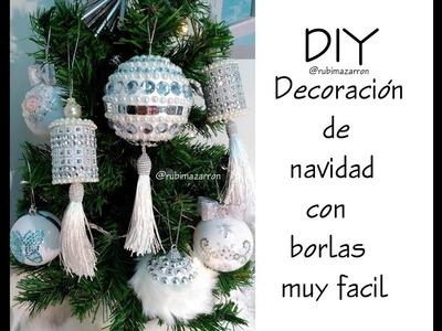 Diy. Decoración de navidad con borlas. Christmas Ornaments