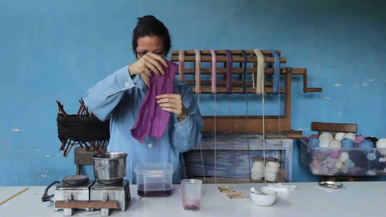 Aprenda con Ecotintes a teñir utilizando carmín de cochinilla