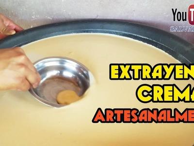 Como se extrae la crema de la leche a mano en el campo El Salvador Youtubero Salvadoreño