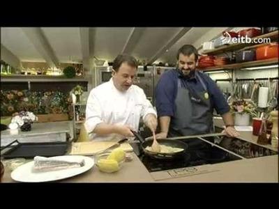 Merluza al horno con patatas y cebolla, en 'Robin Food'