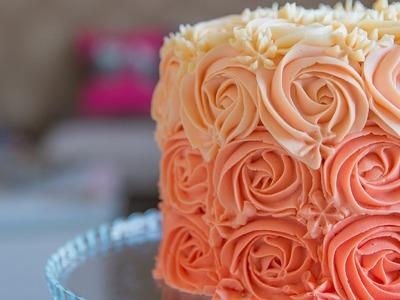 Tarta de rosas (rosette cake) | Quiero Cupcakes!