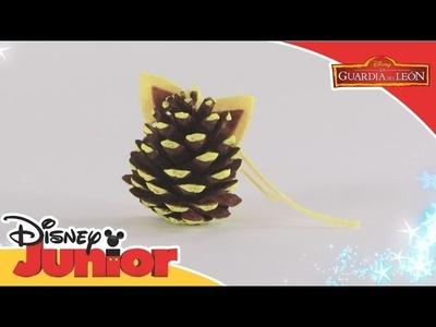 Tutoriales de Navidad: La Guardia del León - Piña de Fuli   Disney Junior Oficial