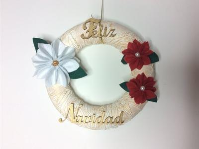 Corona de navidad con flores de fieltro - Conideade