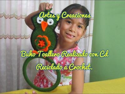 BUHO TOALLERO REALIZADO CON CD RECICLADO A CROCHET.