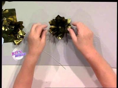 Hilda Rinaldi - Bienvenidas TV - Realiza flores en tela para un árbol de navidad.