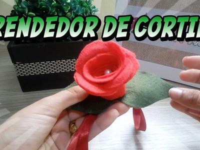 DIY de Prendendor de cortina de rosa de feltro