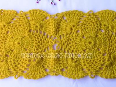 Motivo o pastilla a crochet  de piñas para aplicar en blusas, chalecos y manteles