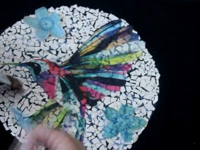 DIY - Decoupage sobre cáscara de huevo -  (autora:artesana Andreia Gomes)