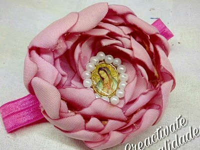 Flor capullo. flores de tela.como hacer diademas y tiaras faciles