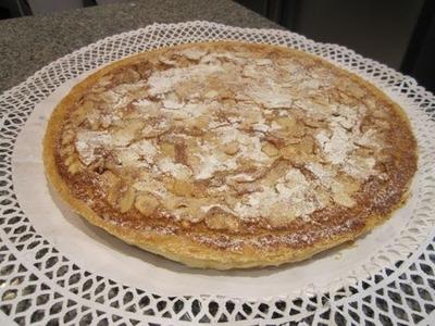 Tarta de Hojaldre con Crema de Almendras