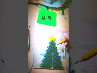 Arbolito de navidad 3D con hama beads