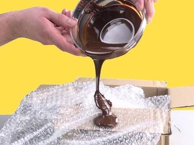 Pon chocolate sobre plástico de burbujas: el resultado es único