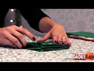 Cómo hacer flores de papel para envolver los regalos
