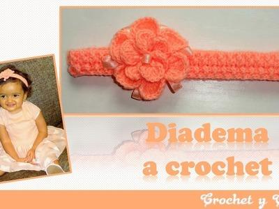 Diadema crochet en punto elástico con flor 3D en relieve