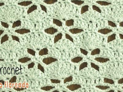Punto floreado calado vintage tejido a crochet. Tejiendo Perú
