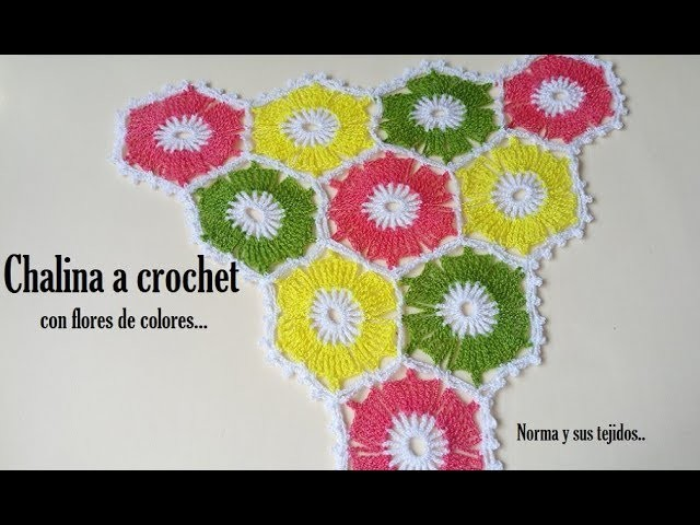 Chalina a crochet con flores a colores