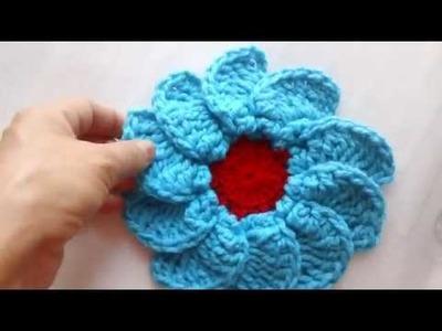 Flor gigante a crochet para juegos de baño o caminos de mesa #12