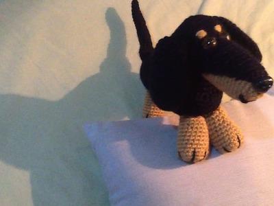 Perro salchicha a crochet