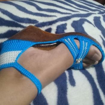 Sandalia plataforma en crochet