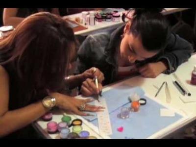 Cómo hacer una flor en 3D para decorar uñas de acrílico 1ra parte