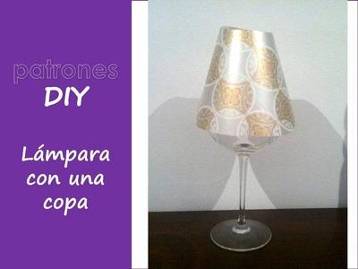 DIY: decoración, hacer lámpara con una copa