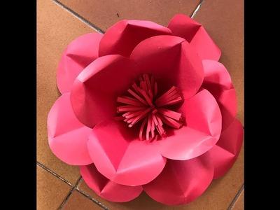 Flor mediana 29 en papel Medium flower made on paper for decoration