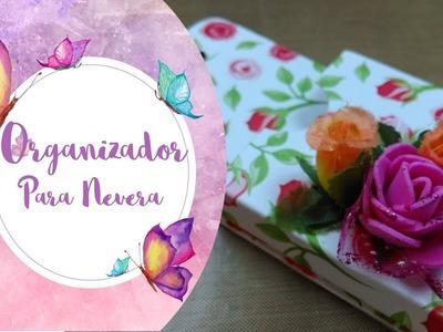 Organizador de tarjetas reciclado para la nevera. Dulce Manzana y Arte y Papel