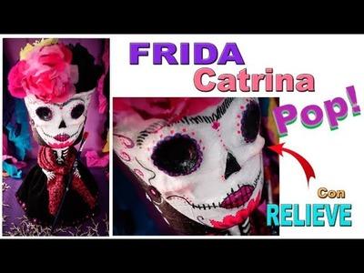 DIY Catrina de Frida Kahlo en florero. Figura Pop. Día de los muertos. Flores de Cempazúchitl.