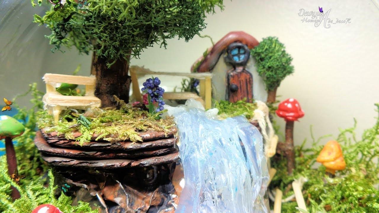 Fairy garden in a fishbowl.  Jardín dentro de una pecera