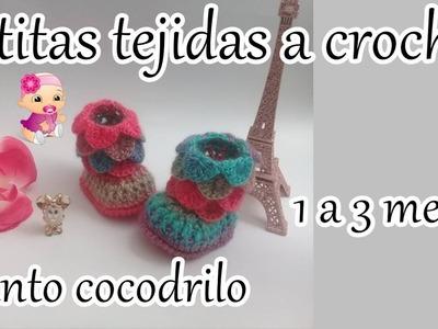 Botas tejidas a crochet en punto cocodrilo