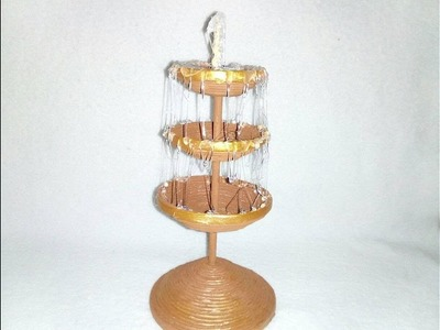 Fuente de Agua con Papel Periodico
