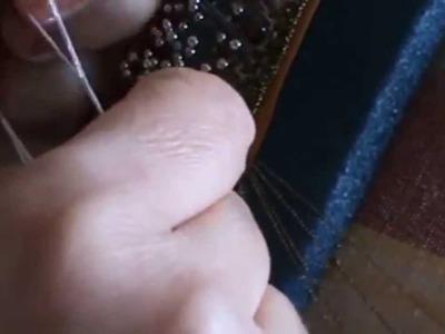 Bolillos: Como poner abalorios con aguja de ganchillo
