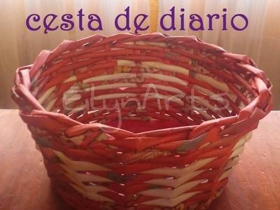 Cómo hacer una cesta de diario bicolor