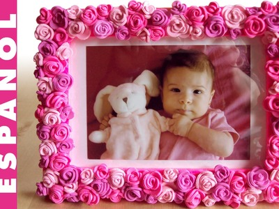 Marco de rosas de goma Eva