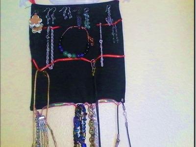Portador de Joyas. Manualidad DIY para colgar joyas. Hecho a mano.