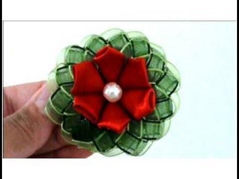 Flores Kanzashi en cintas con trenzas para el cabello