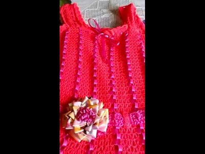Bestido para niña tejido a mano de crochet