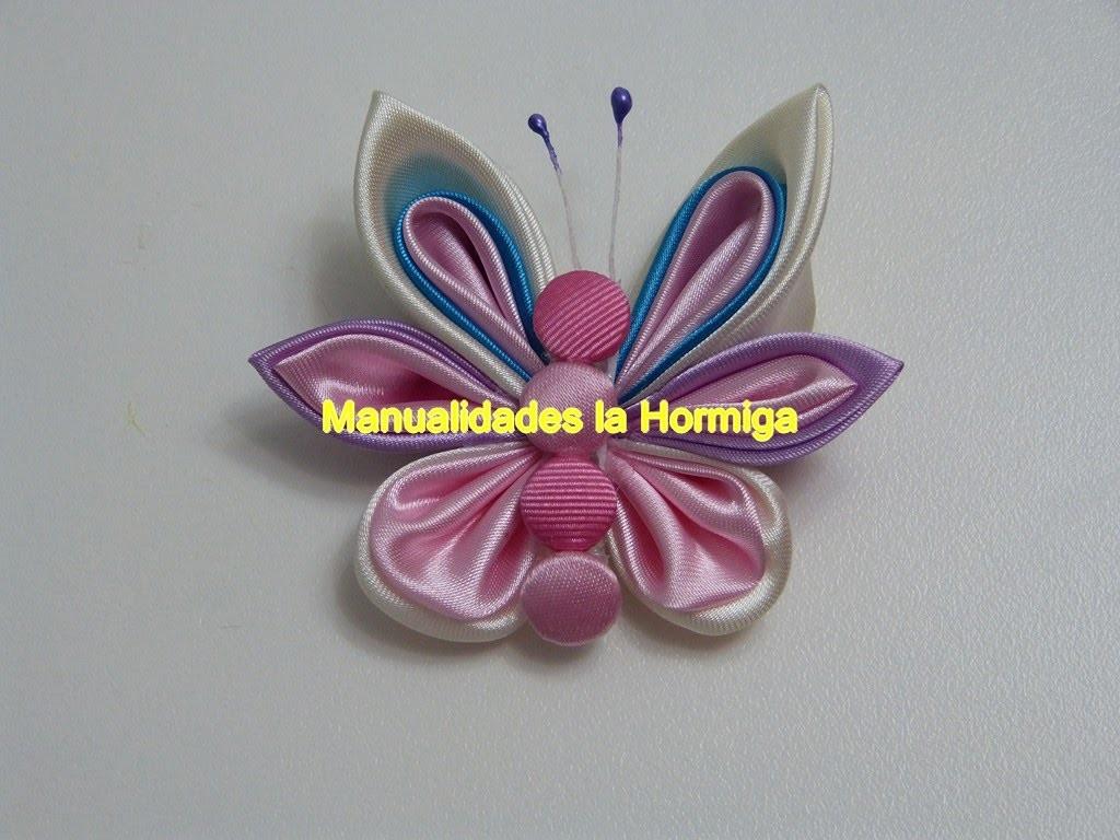Mariposas  para el cabello elaboradas con petalos kanzashi  y gusanito de botones