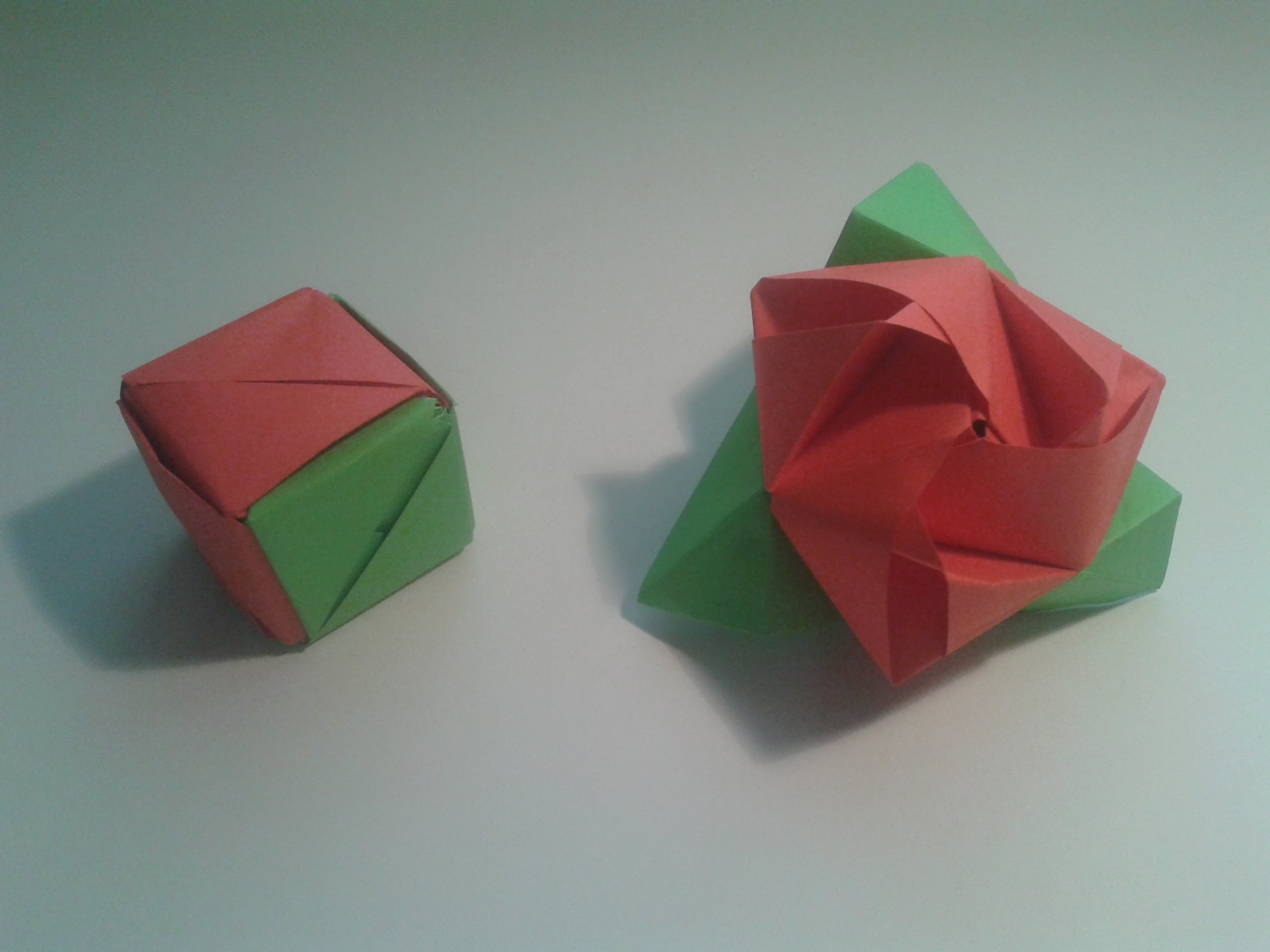 Como hacer un cubo de papel que se transforma en rosa