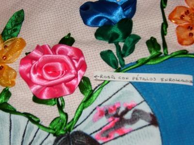 DIY Cómo hacer una rosa con pétalos enrollados.