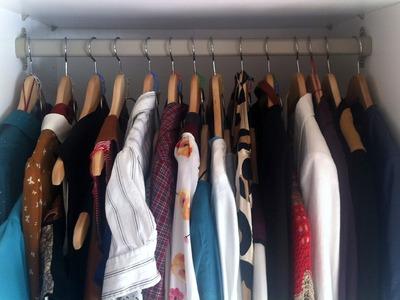 Una idea para aprovechar espacio en el armario