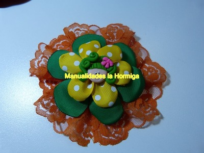 Como hacer moños flores  redondos con flores en cinta . flores de fita