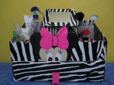Organizador para cosmeticos en animal print.wmv