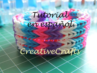 Como hacer una pulsera de gomitas de cuatro filas. Rainbow Loom Bracelet.