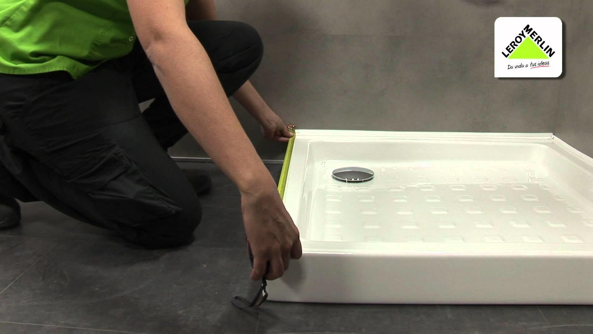 Aprende a medir tu plato de ducha para elegir la mampara (Leroy Merlin)