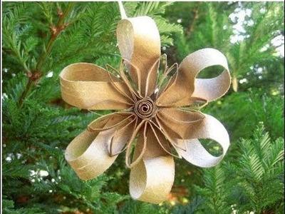 Como hacer una flor navideña con rollos de carton - Christmas flower with cardboard rolls